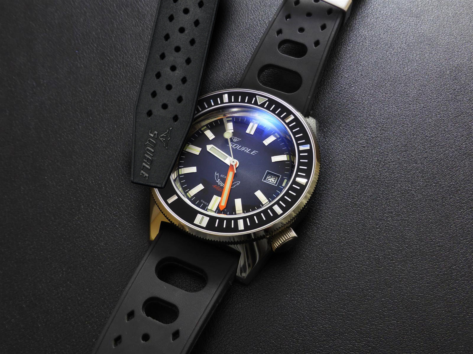 CUSTOM DESIGN. THE COLLABORATION WITH SQUALE